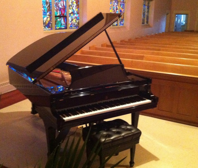stpeters-sw-piano